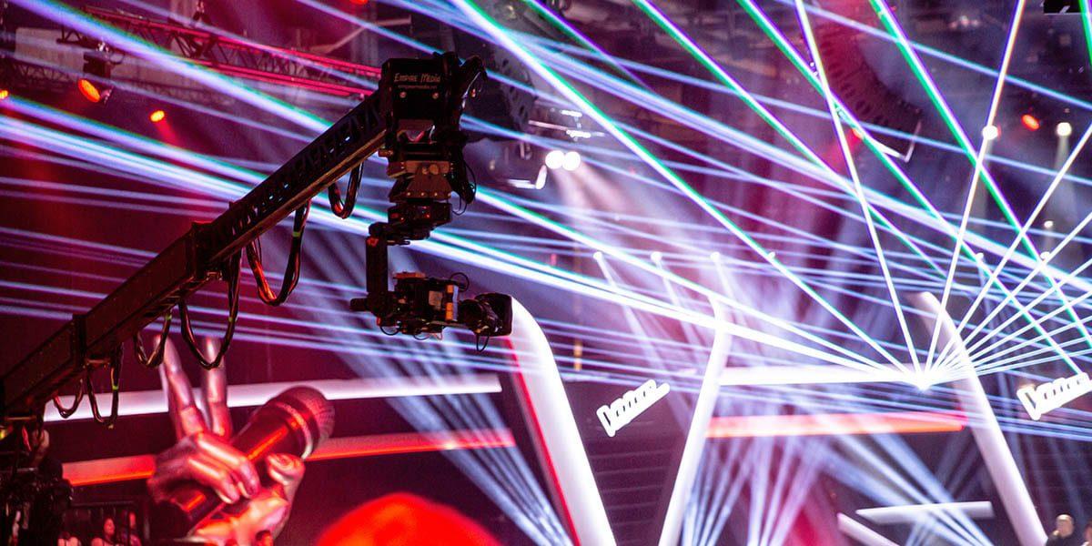 NEWTON stabilized head on Moviebird camera crane