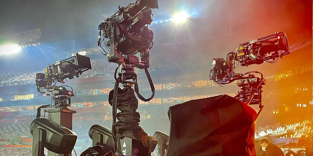 NEWTON stabilized head on remote dolly system at Superbowl Weeknd show