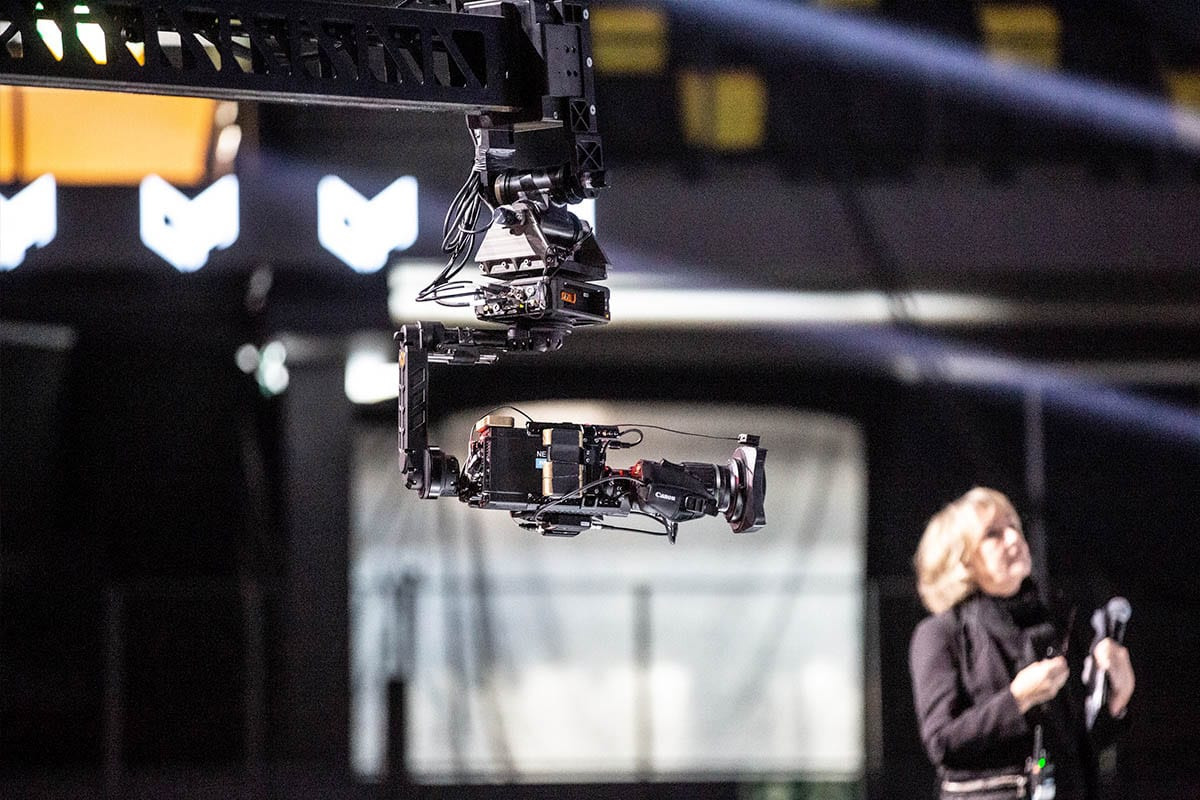 Newton stabilized head on Moviebird camera crane