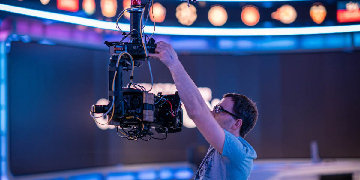 NEWTON stabilized head on Spidercam Light 3D cable cam at live broadcast in TV studio